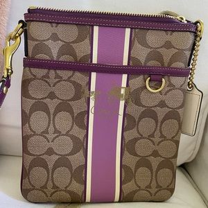 Coach swing pack, crossbody bag